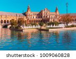 spain square or plaza de espana ... | Shutterstock . vector #1009060828