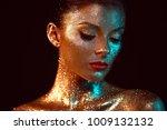 portrait of beautiful woman... | Shutterstock . vector #1009132132