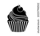 vector cupcake icon | Shutterstock .eps vector #1023798502