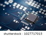 Electronic Chip Component On...