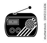 retro radio flat icon | Shutterstock .eps vector #1042111636