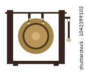 isolated gong icon. musical... | Shutterstock .eps vector #1042399102