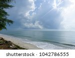 nice atmosphere at the sai keaw ... | Shutterstock . vector #1042786555