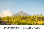 Mayon Volcano In Legazpi ...