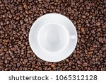 empty coffee cup on coffee... | Shutterstock . vector #1065312128