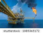 offshore oil and gas... | Shutterstock . vector #1085365172