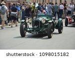 alfa romeo in 1000 miles car... | Shutterstock . vector #1098015182