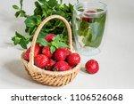Fresh Strawberries  Bunch Of...