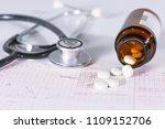 stethoscope  pills  vials in... | Shutterstock . vector #1109152706