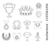 awards and trophies outline... | Shutterstock .eps vector #1135361456