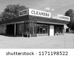 dry cleaners  minneapolis... | Shutterstock . vector #1171198522