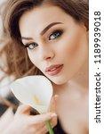 portrait of beautiful young... | Shutterstock . vector #1189939018