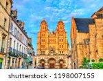 Saint Michel church in Dijon - Cote d