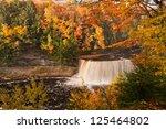Upper Tahquamenon Falls, Tahquamenon Falls Sate Park, Michigan