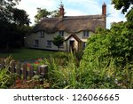 Traditional Thatched Cottage I...