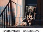 Skeleton. Horror. Headless ...