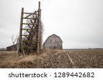Abandoned Midwest Barn. Rural...