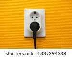 Square Double Wall Socket