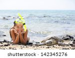 hawaii girl swimming snorkeling ... | Shutterstock . vector #142345276