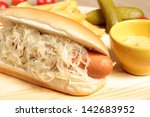 Sandwich Hotdog With Cabbage