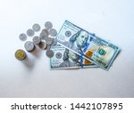 Thaibaht Exchange's Dollars ...