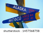 Direction Signpost At  Scenic...