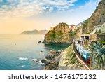 Manarola  Cinque Terre   Train...