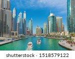 Luxury Dubai Marina Skyscraper...