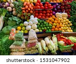 Arberja, Tomatoes, carrots, peppers, beans, peppers, among others, are organic market products. Naturally grown without chemicals or pesticides in Ecuador.