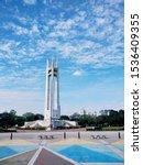 MoQuezon Memorial Circle is a National Park kn Quezon City, Metro Manila, Philippines