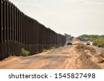 Border fencing along new mexico'...