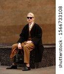 Fashion Photo  Street Style...