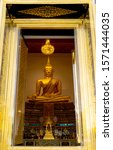 Small photo of Bangkok Yai, Bangkok September 23,2018 Golden Buddha statue The fabricated interior of the church in order for the people to pay obeisance