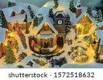 Traditional Miniature Christmas ...