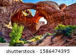Red Rock Canyon Arch Mountain...