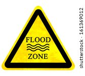 Yellow Flood Sign Isolated On ...