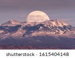 Full Moon At It\'s Perigee...