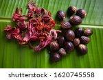 Whole Nutmeg Seeds  Mace Or...