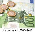 Money Laundering On Clothesline ...