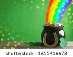 Pot with gold coins  horseshoe...