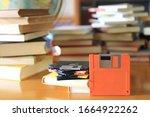 Old Fashioned Storage Discs Fo...