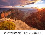 Sun Beams At The Grand Canyon ...