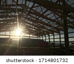 Building A Pole Barn House In...