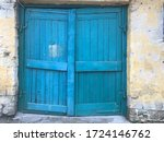 Shell Rock. Door In Shell Rock. ...