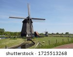 Thatched windmills (1625-1631), which pumped the water from the polders to the canal De Hoornse Vaart near the Dutch city of Alkmaar.