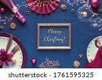 Text Merry Christmas In Golden...