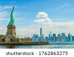 Liberty Island  New York  Usa ...