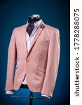Male Luxurious Classic Suit...