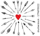 20 arrows and heart
