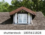 Rustic Cottage House Roof. Room ...
